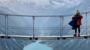 Dragoste la înălțime: Delia sărbătorește 8 ani de căsnicie pe crestele munților din Austria