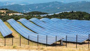 Electric UP: 100.000 de euro pentru HoReCa și IMM-uri, fonduri pentru panouri fotovoltaice