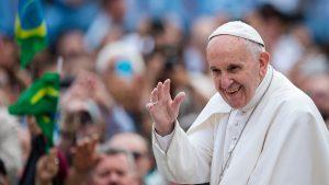 """Papa Francisc: """"Rog protestatarii să-și exprime cererile în pace, iar liderii politici să-i asculte"""""""
