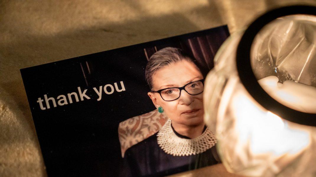 A murit Ruth Bader Ginsburg, judecătoarea Curţii Supreme a SUA