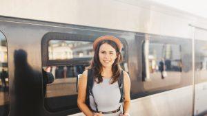 Studenții își pot cumpăra bilet de tren online. Cum vor proceda