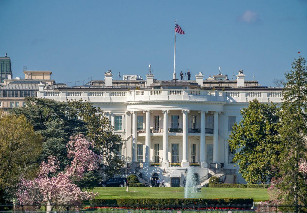 Un plic cu otravă a fost trimis la Casa Albă. Anchetatorii investighează situația