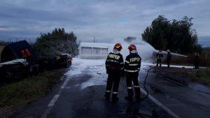 Pericol de explozie, semnalat de RO-ALERT. O cisternă cu kerosen s-a răsturnat pe centura de est a orașului Ploiești