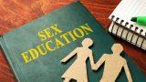 Consiliul Naţional al Elevilor vrea ca legea educației sexuale să fie retrimisă în Parlament