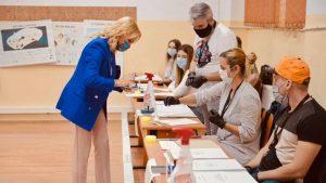 Gabriela Firea: Am votat cu gândul la toți copiii din București, la toți tinerii, la toți adulții și la bunicii noștri