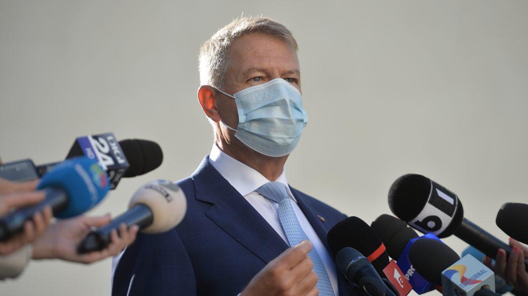 Klaus Iohannis, la vot: Este important să mergem la vot, să nu lăsăm pe alții să decidă