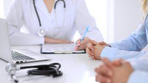 Dacă eşti asimptomatic şi nu ai fost consultat, medicul de familie nu îți poate da concediu medical