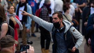 Proteste anti lockdown în Melbourne: manifestanți arestați după încăierări cu polițiștii