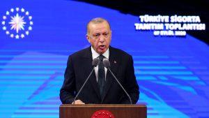 Mediterana fierbe, Grecia se înarmează. Erdogan îi ia în râs pe greci