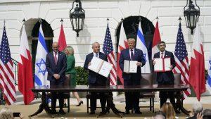 Moment istoric la Casa Albă: Israelul semnează acordurile cu Emiratele Arabe Unite şi Bahrain
