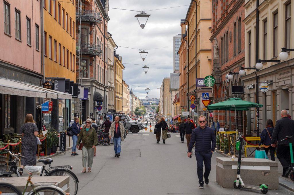 """Suedezii nu renunță la drepturile lor, nici cu prețul vieții: """"Strategia este să învăţăm să trăim cu asta"""""""