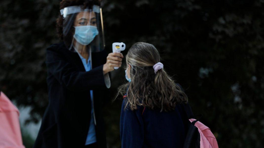 Temperatura nu reprezintă un test relevant pentru coronavirus, spun specialiștii