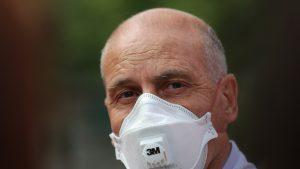Este foarte probabil să ne confruntăm cu al doilea val al pandemiei, spune medicul Virgil Musta