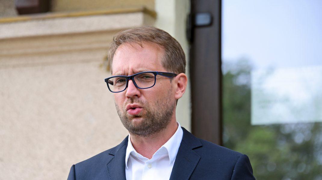 Noul primar al Timișoarei Dominic Fritz s-a autoizolat, după ce s-a întâlnit cu o persoană diagnosticată cu COVID-19