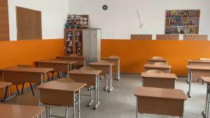 Numărul unităților de învățământ care funcționează în scenariul roșu a depășit 1.000