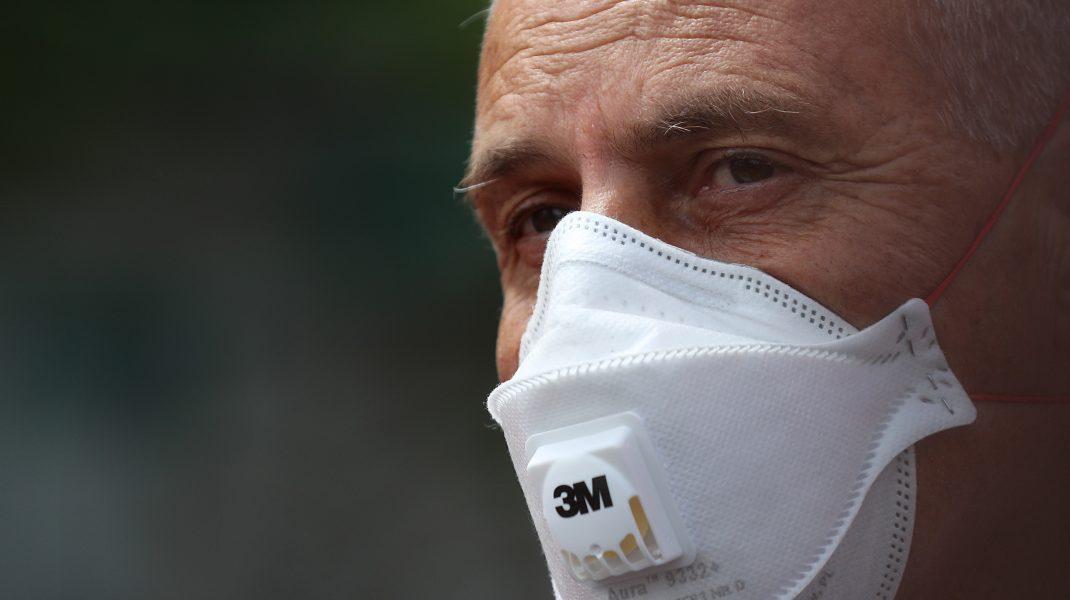Medicul Virgil Musta: În zonele aglomerate trebuie purtată masca. E singura soluție