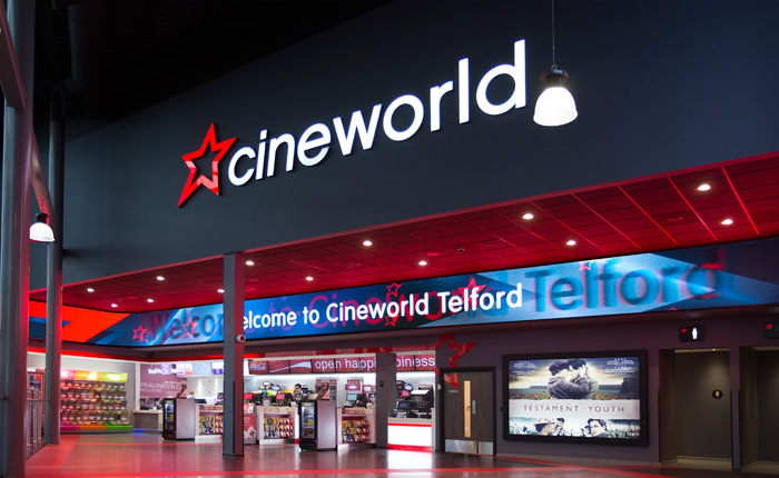 Lanțul de cinematografe Cineworld s-ar putea închide. Mii de locuri de muncă sunt în pericol