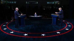 Trump vs. Biden, după dezbatere: Unul le vorbește oamenilor din gară, altul din aeroport
