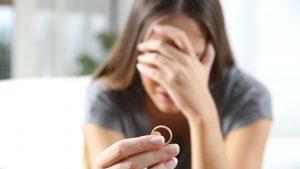 Mai puține căsătorii, mai multe divorțuri în 2020. Care sunt factorii care afectează relațiile de cuplu