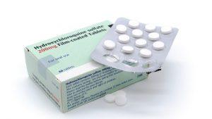 Doi medici români cer eliminarea hidroxiclorochinei și a Lopinavir-Ritonavir din schema de tratament