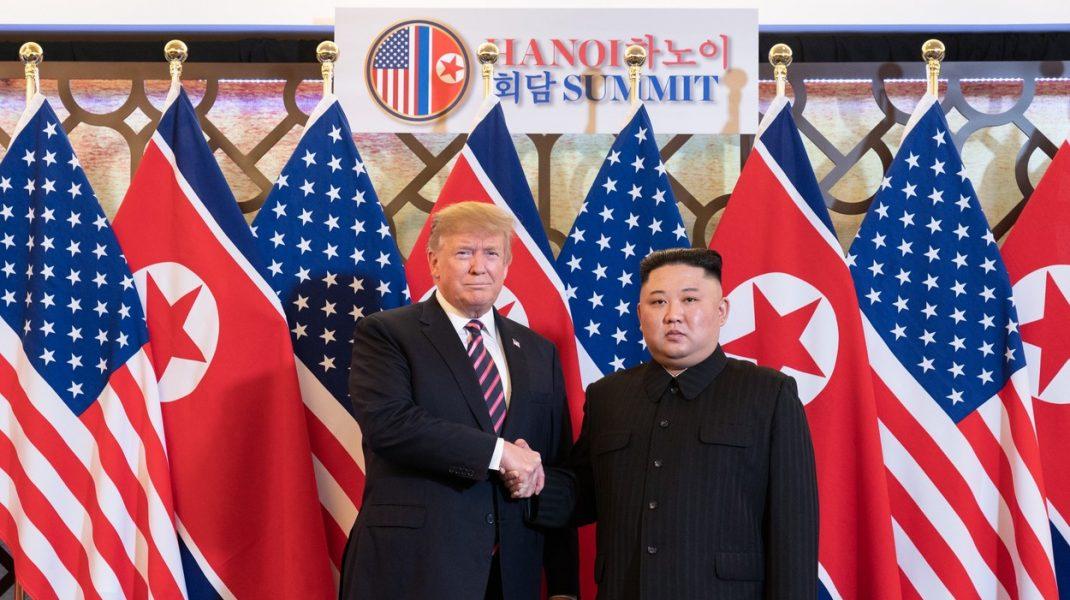 Kim Jong-un i-a trimis o scrisoare de susținere lui Donald Trump. Îi dorește însănătoșire grabnică