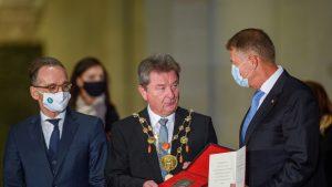 """Iohannis, decorat de germani. A primit """"Otto cel Mare"""": """"Accept premiul în numele compatrioților mei"""""""