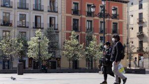 """Lockdown-ul inteligent, explicat de un medic din Madrid: """"Este total opus: deschidem spațiile publice, scoatem restaurantele pe terasă"""""""
