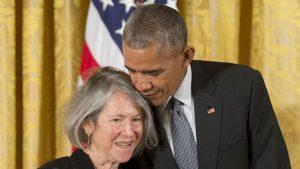 Louise Gluck este câștigătoarea Premiului Nobel pentru Literatură în 2020
