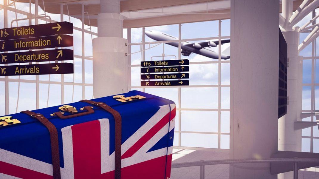 Marea Britanie nu va mai accepta trecerea frontierei în baza buletinului începând cu octombrie 2021