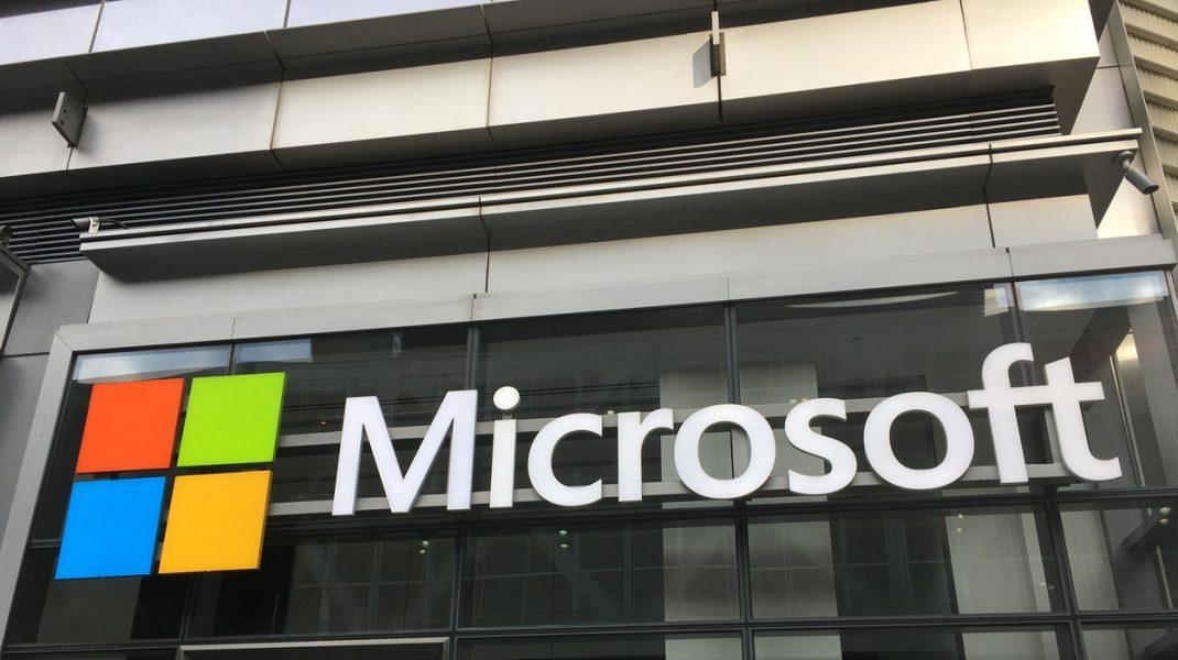 Microsoft și SpaceX au semnat un acord pentru extinderea tehnologiei cloud. Cum poate ajuta această cooperare