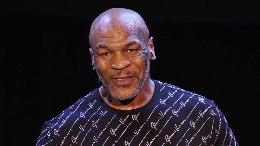 Mike Tyson intră în ring pe 28 noiembrie. Cum se antrenează