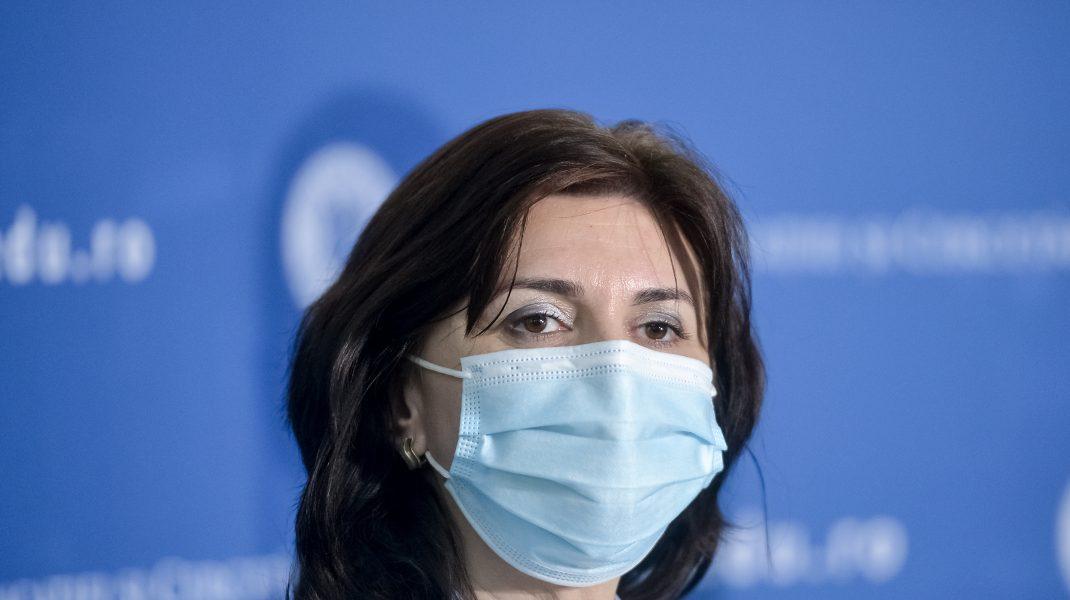 Monica Anisie a convocat inspectorii din București, pentru a realiza planul după care se va învăța online, după ce rata de infectare a depășit 3 la mia de locuitori