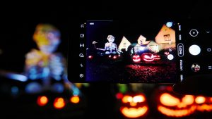 Petrecere virtuală de Halloween, în premieră în România. Cum poți participa
