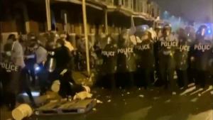 Proteste de amploare în Philadelphia: Sute de activiști BLM s-au bătut cu poliția