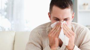 Cazurile de gripă au scăzut cu 98%. Care ar putea fi explicațiile