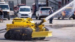 Robotul care salvează vieți. Thermite e noul membru al departamentului de Pompieri din LA