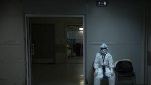 Toate spitalele din Capitală trebuie să creeze circuite pentru internarea bolnavilor COVID