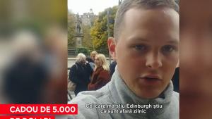 """O postare virală i-a adus unui trubadur un cadou de 5.000 de dolari: """"M-am simţit ca un copil în magazinul de dulciuri"""""""