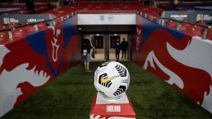 EURO se restrânge. UEFA renunţă la trei oraşe gazdă