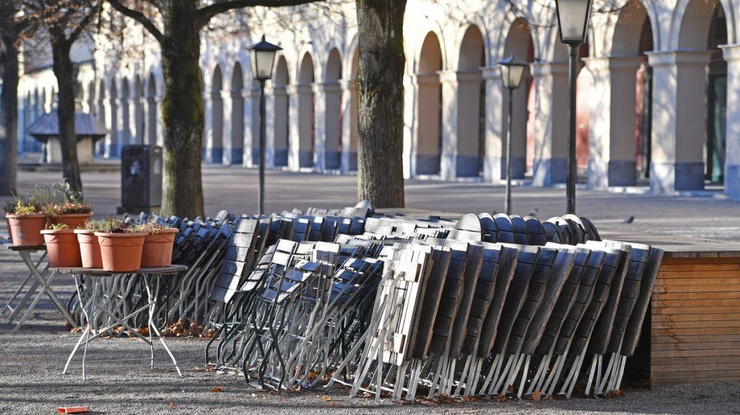 Magazine-închise-în-timpul-celui-de-al-doilea-val-al-pandemiei
