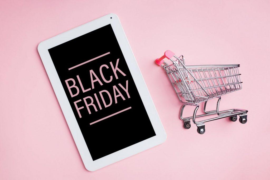 Care este cel mai scump produs cumpărat de Black Friday și care a fost cea mai mare reducere