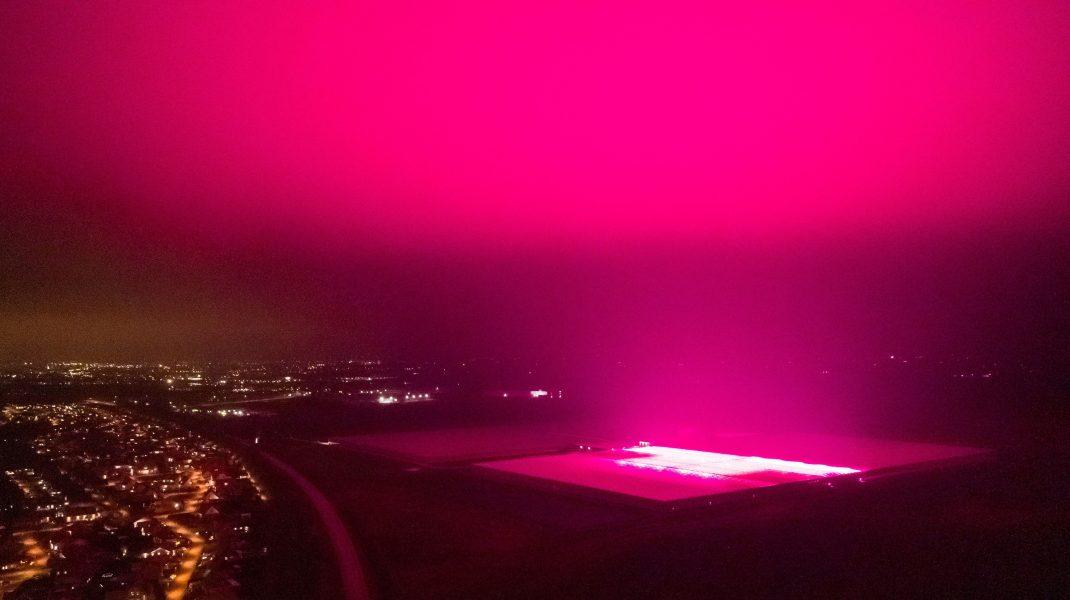 Fenomen bizar în Suedia. Cerul a devenit mov. Explicația specialiștilor. VIDEO