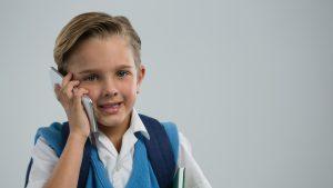 """Președintele Asociației Părinților, despre linia telefonică de consiliere pentru elevi și părinți: """"Nu cred că există personal desemnat pentru asta"""""""