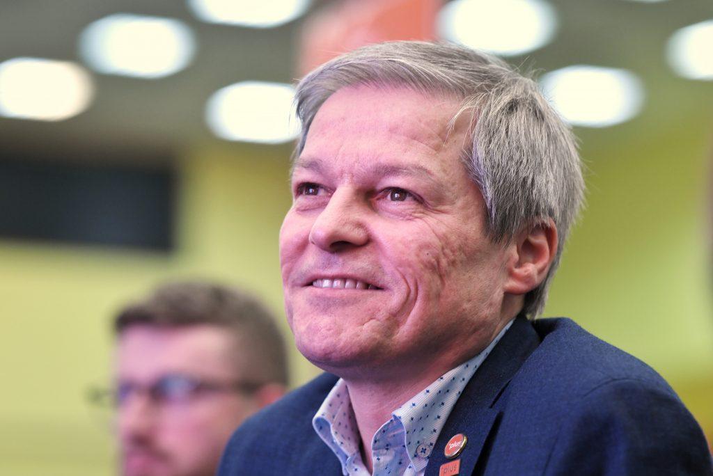 """Dacian Cioloș: """"Biden ar putea să ne ajute foarte mult pentru că el cunoaște situația în detaliu"""""""