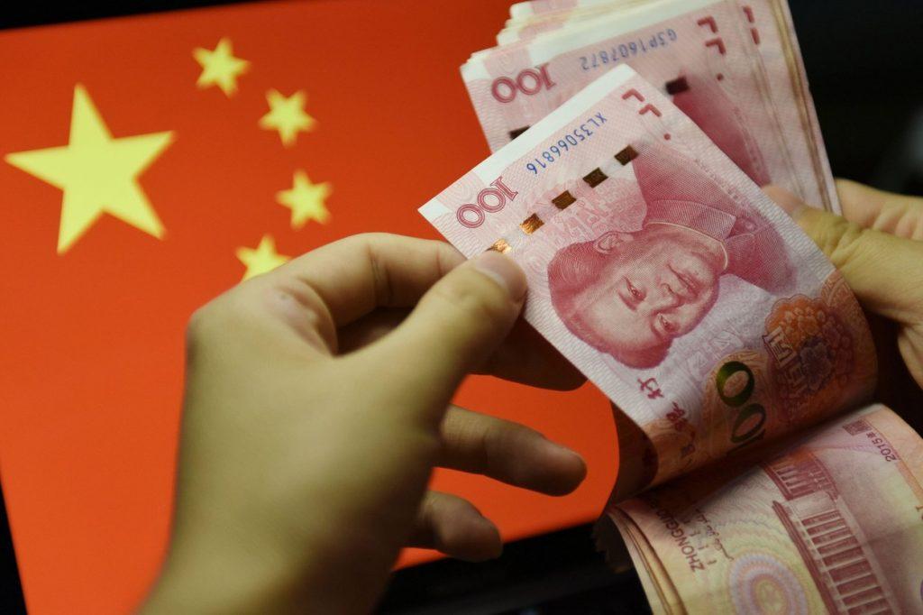 În timp ce restul lumii suferă, economia Chinei crește. Cine a mizat pe acțiunile chinezești a dat lovitura