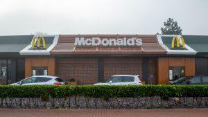 McDonald's va introduce burgeri vegetali de anul viitor