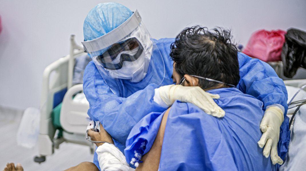 """Managerul Spitalului """"Victor Babeș"""": După 15 decembrie va începe să scadă numărul de infectări"""