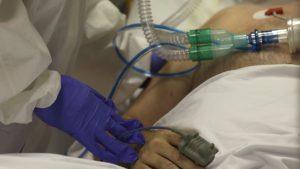 Tot mai mulți bolnavi la Terapie Intensivă. Capacitatea spitalelor este la limită