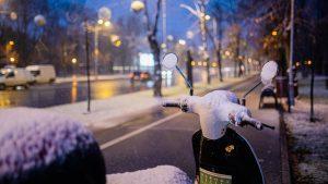Prima ninsoare din București. GALERIE FOTO și VIDEO