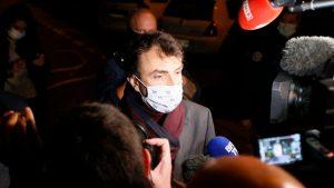 Preotul împușcat la Lyon a fost operat. Mesajul transmis de primarul orașului